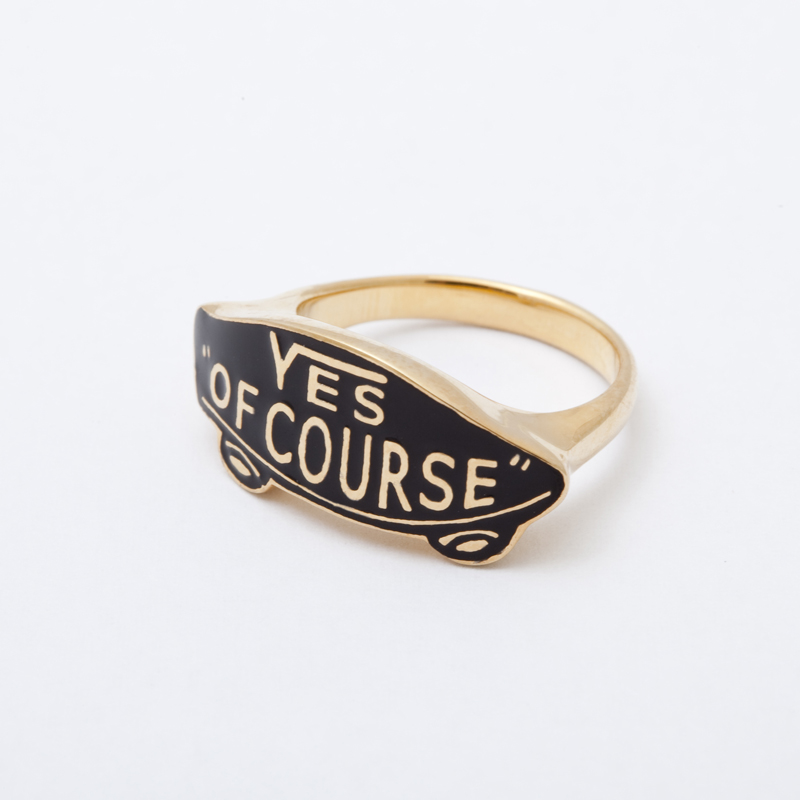 YES OF COURSE ring gold -black-
