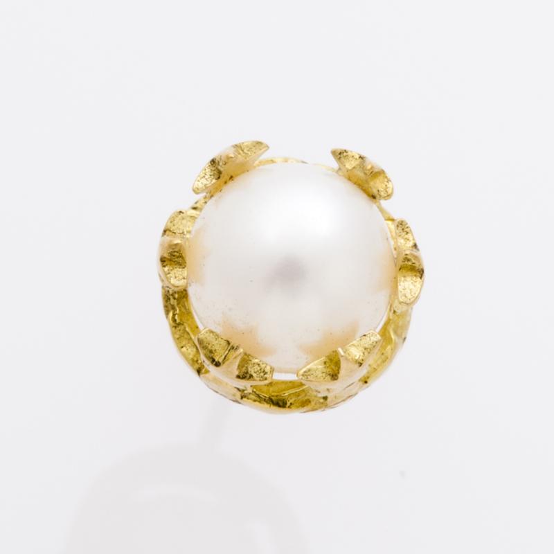 STAR CROWN PEARL pierced earring
