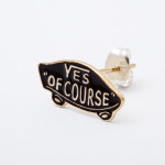 YES OF COURSE pierced earrings gold -black-