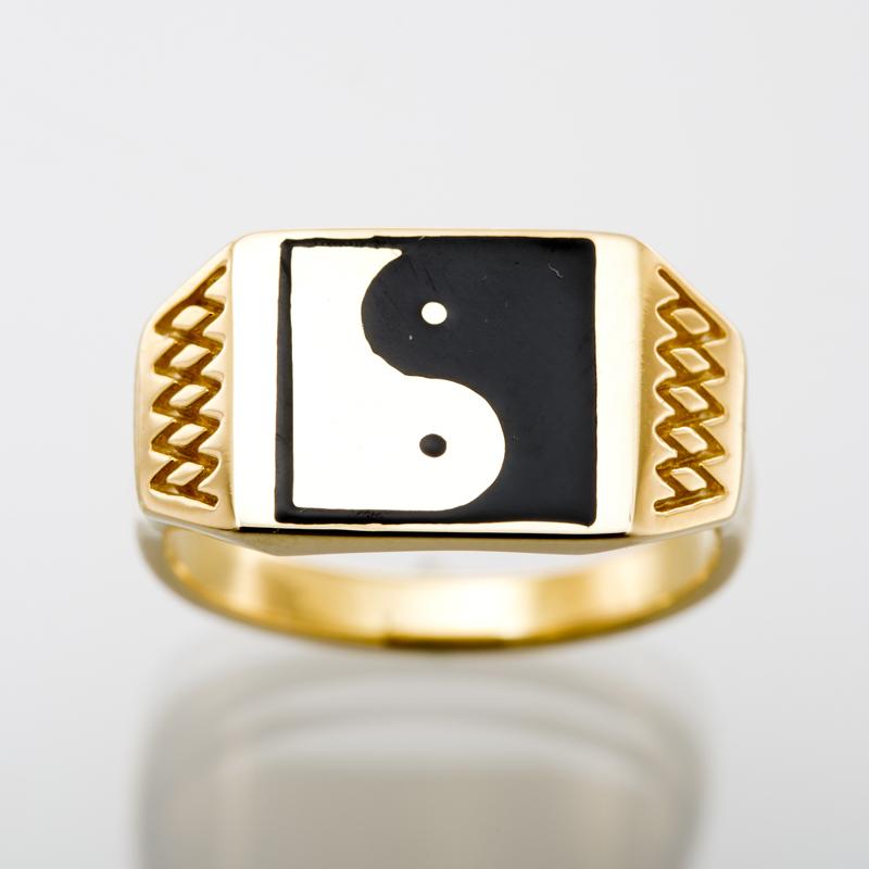 Squre Ying Yang ring gold